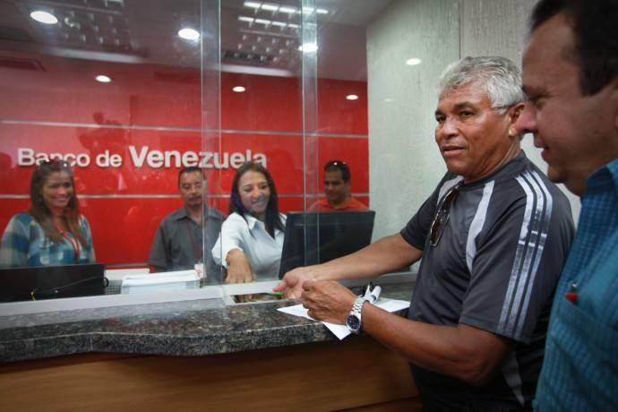 Establecen escala general de sueldos vigente desde 1 for 0banco de venezuela