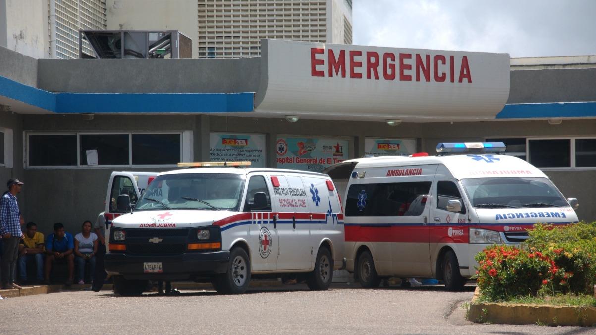 Dos heridos con picos de botella en Hernández Pares y detrás del antiguo terminal