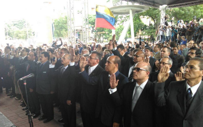 Venezuela tiene nuevos magistrados del TSJ