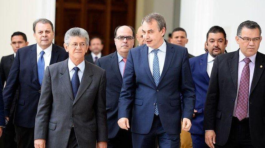 Maduro ya tiene delegados para el Diálogo en Dominicana