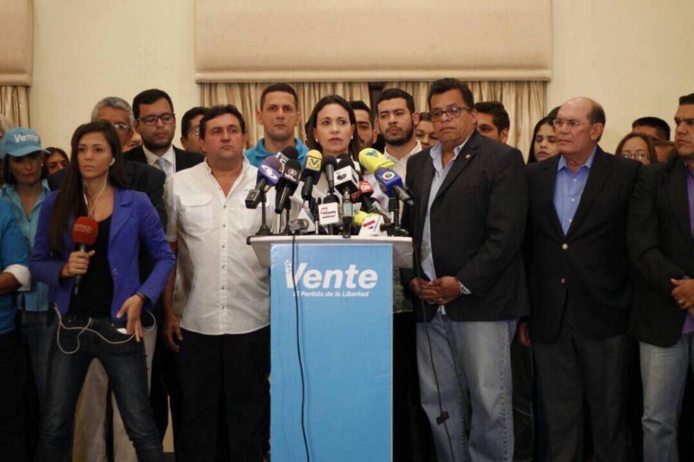 María Corina: La dirigencia no puede seguir culpando de sus errores al ciudadano