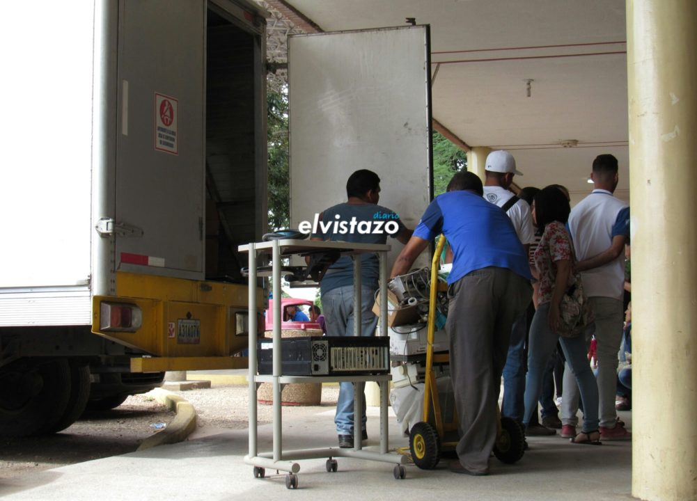 Retiran equipos de laboratorio del Hospital de El Tigre