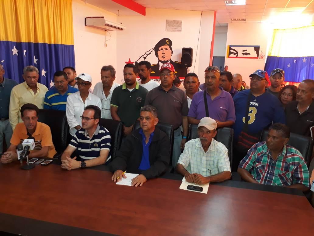 Transportistas socialistas ofrecen respaldo a Lemark Gómez
