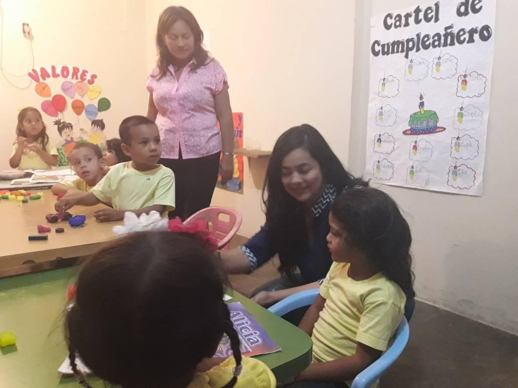 Primera Dama de El Tigre promete atención permanente a preescolar dependiente de la Alcaldía