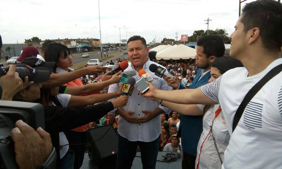 Candidato presidencial Javier Bertucci considera irresponsable al TSJ en el exilio
