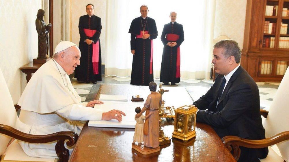 Papa Francisco respaldó esfuerzo de Colombia en crisis venezolana