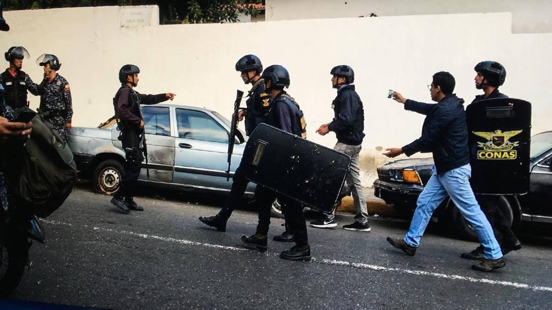 Reporteros fueron retenidos en protestas de Cotiza