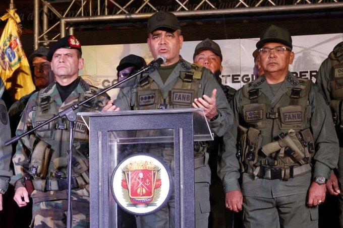 Padrino López no quiere nada con Trump