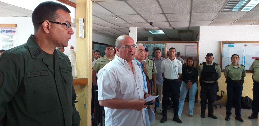 Coronel Carlos Salazar García sustituye a Félix Manrique en Polianzoátegui