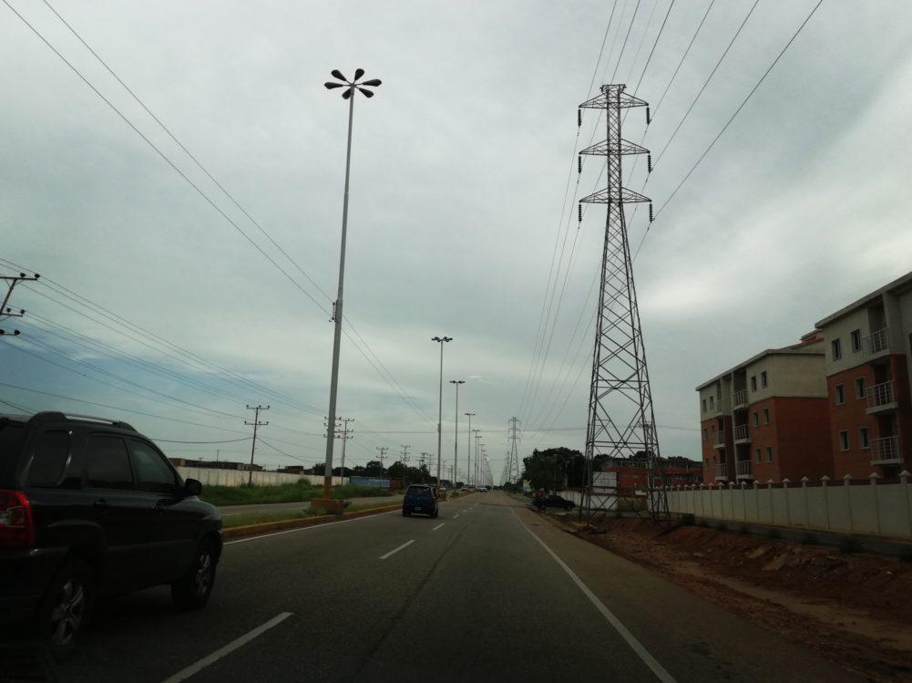 Polianzoátegui se enfrentó al Negrín y el Joseito en empresa de la avenida Jesús Subero