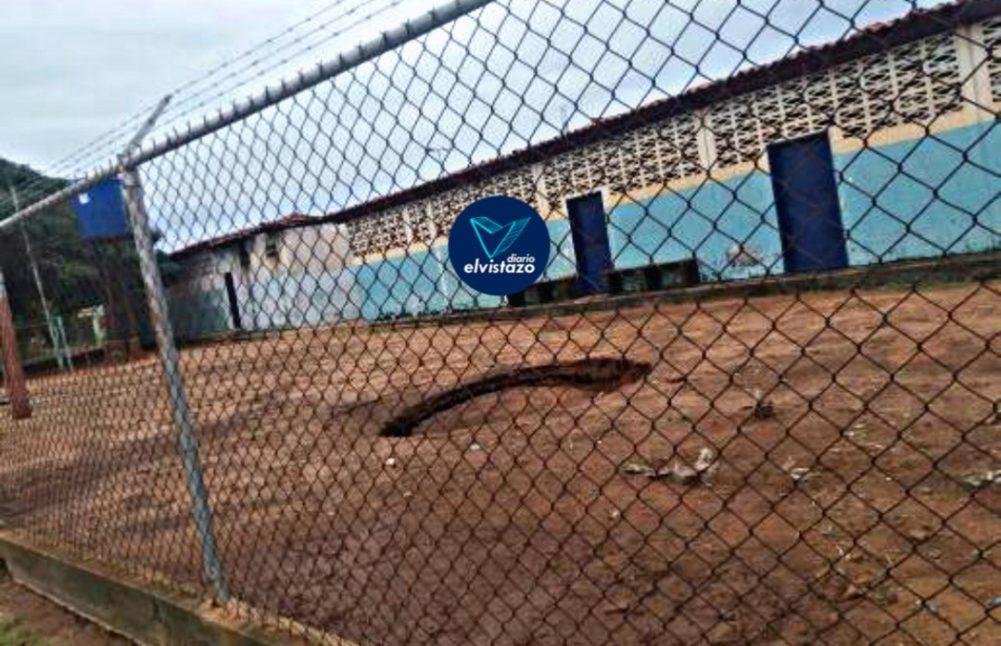 Tormenta Karen colapsó pozo séptico en escuela de El Tigre