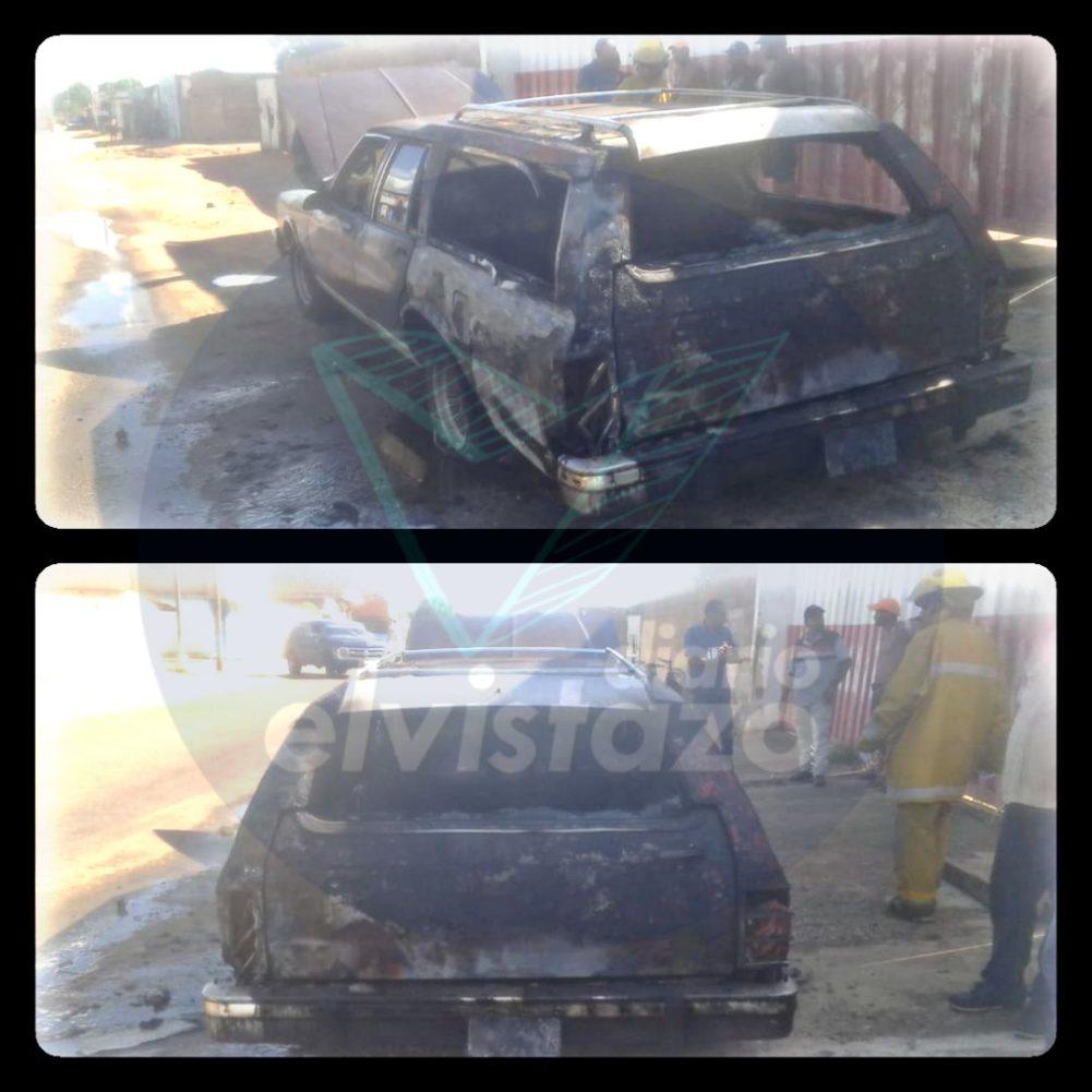 "Bomberos de El Tigre apagaron incendio de ranchera fúnebre en carretera negra ""La Flint"""