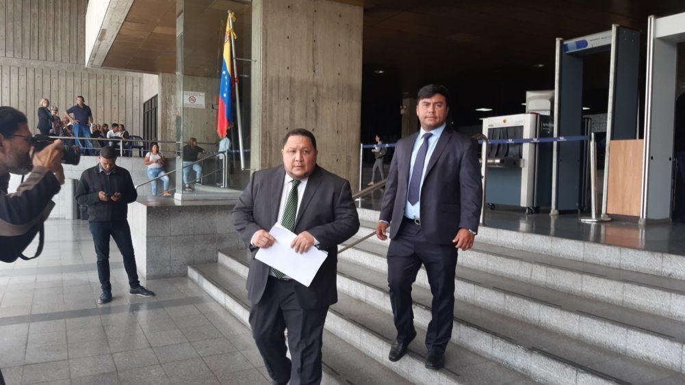 Luis Parra, José Brito y Conrado Pérez piden al TSJ su restitución en las filas de Primero Justicia