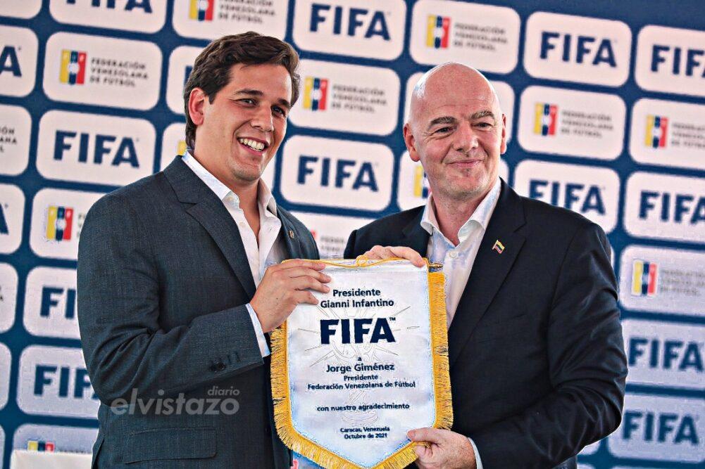 En la UCV: Presidente de la FIFA elogió los logros de la nueva FVF
